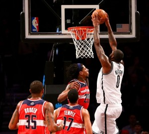 Andray Blatche dunks on Wizards Cartier Martin