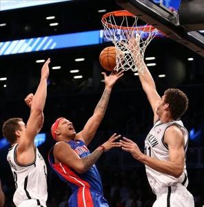 Brook Lopez blocks Pistons