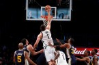 Brook-Lopez-dunking-on-the-Jazz
