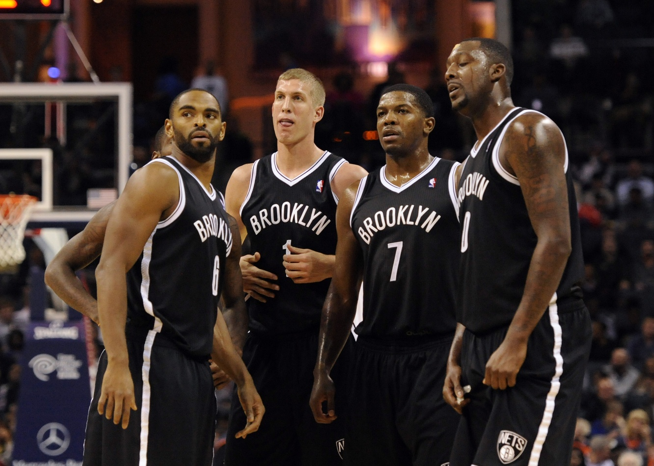 Nets in clueless huddle during game