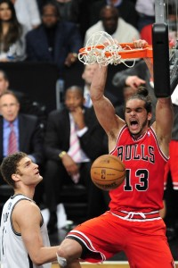 Bulls Joakim Noah dunks on Brook Lopez
