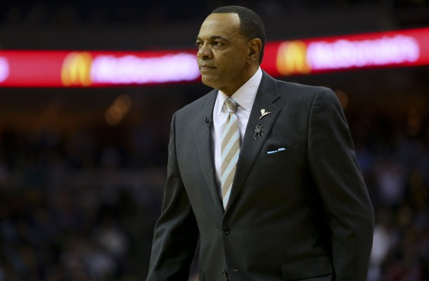 Lionel Hollins coaching